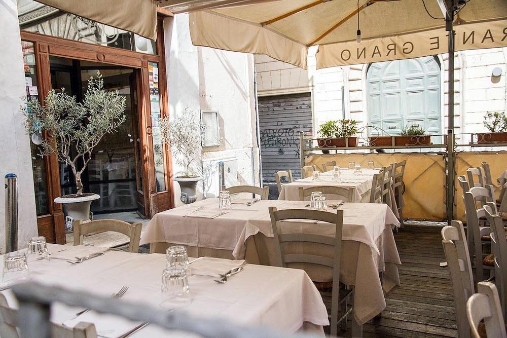 ristorante-roma-centro-esterno-grano